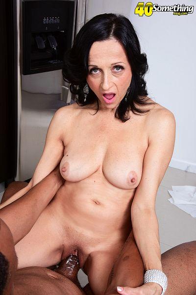 mamacita naked