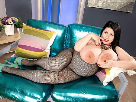 Natalie Fiore - Solo Big Tits video