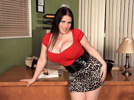 Daphne Rosen - XXX Big Tits video