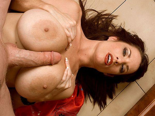 Tit-fucking The British Lady