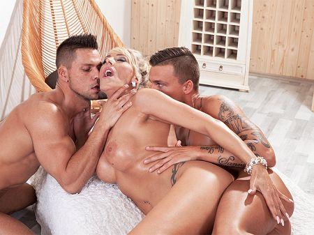 Lana Vegas Porno