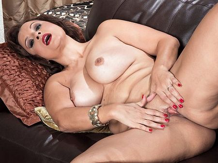 Sasha del Mar - Solo MILF video