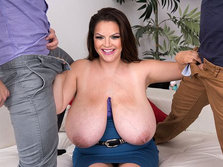 Xlgirls bbw photo face to kiss nipples suck
