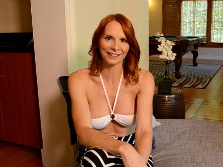 April Skyz - Interview MILF video