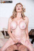 Roxy Royce - XXX MILF photos