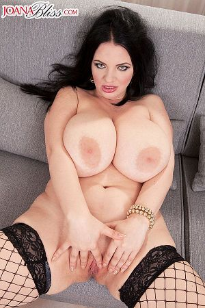 Joana Bliss - Solo Big Tits photos