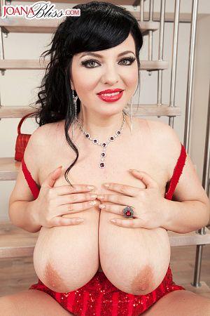 Joana Bliss - Solo Big Tits photos