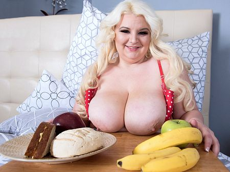 Lucy Lenore - Solo BBW video