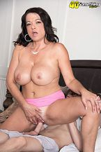Betty Boobs - XXX MILF photos