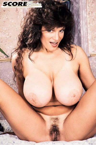 Amateur Big Tits Hairy Pussy