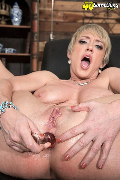 Dee Williams - Solo MILF photos