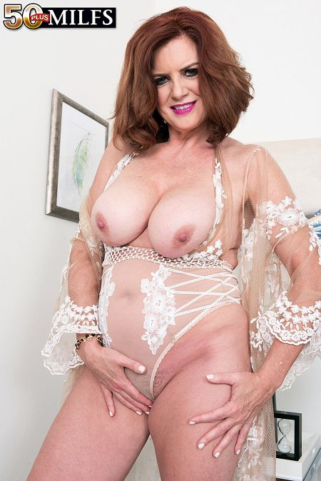 Andi  James - Solo MILF photos