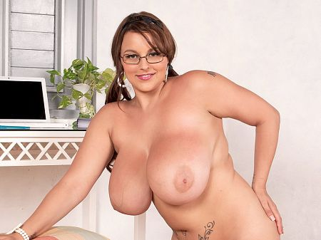 Terri Jane - Solo Big Tits video