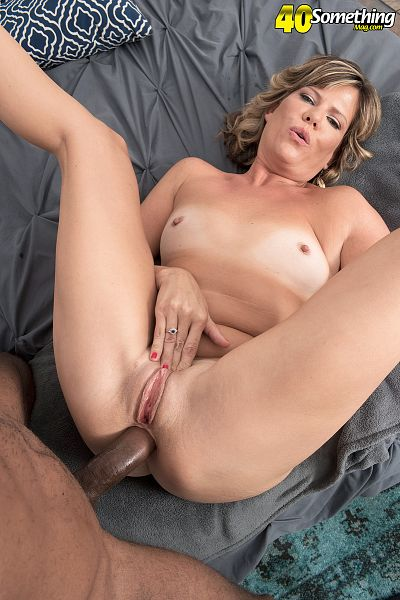 Fantasia - XXX MILF photos
