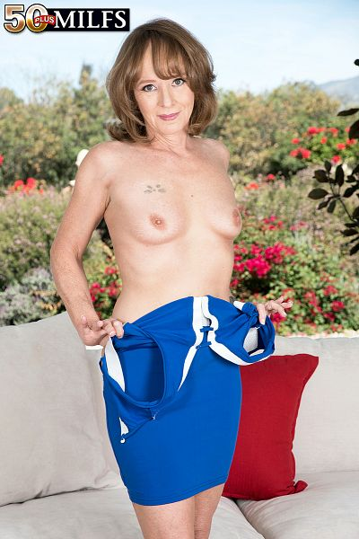 Cyndi Sinclair - Solo MILF photos