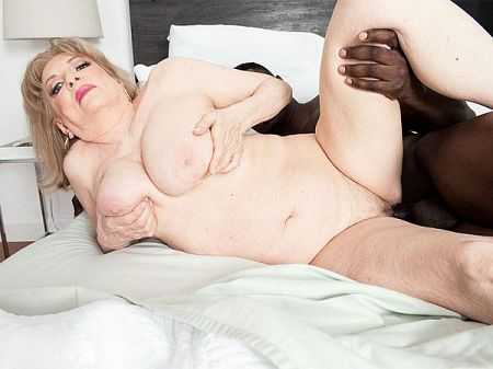 Jax Black - XXX BBW video