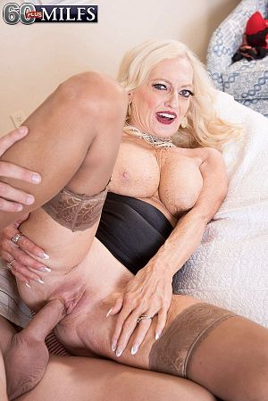 Layla Rose - XXX Granny photos