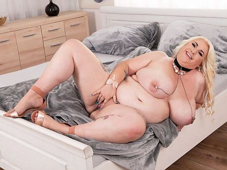 Kiki Rainbow - Solo BBW video