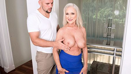 Katia - XXX Granny video