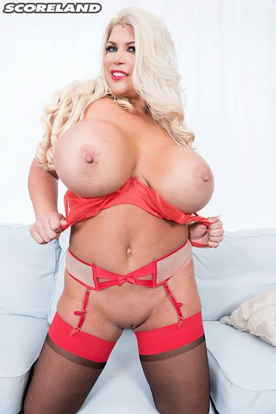 Victoria Vale - Solo Big Tits photos