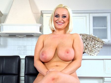 Rachael C - Solo Big Tits video