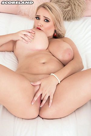 Annabelle Rogers - Solo Big Tits photos