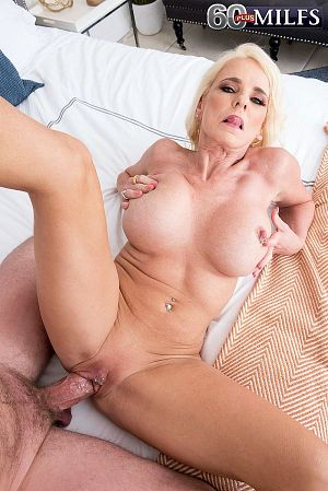 Kyle Mason - XXX MILF photos