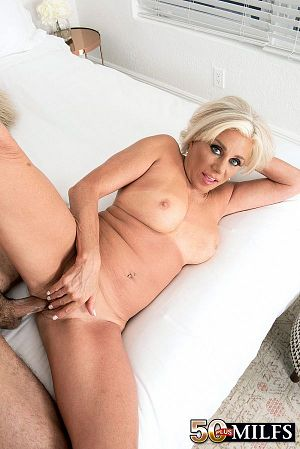 Payton Hall - XXX photos