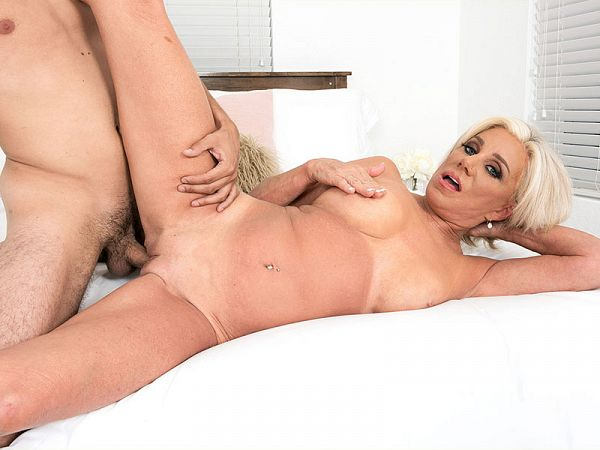 Young cock for Payton Hall