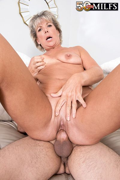 Constance Joy - XXX MILF photos