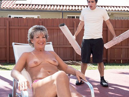 Constance Joy - XXX MILF video