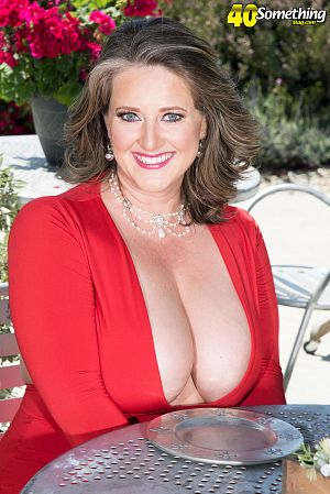 Kerry Martin - XXX MILF photos