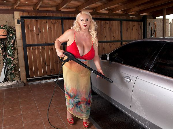 Workin' At The Big Tit Carwash