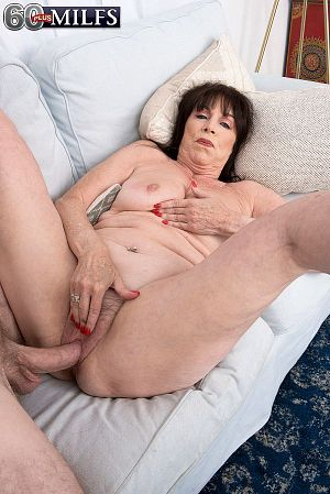 Christina Starr - XXX Granny photos