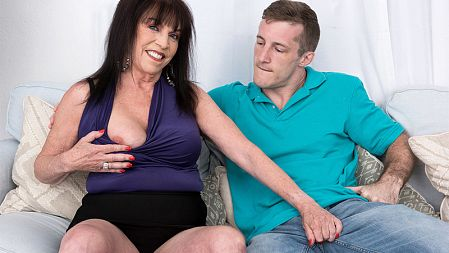 Christina Starr - XXX Granny video