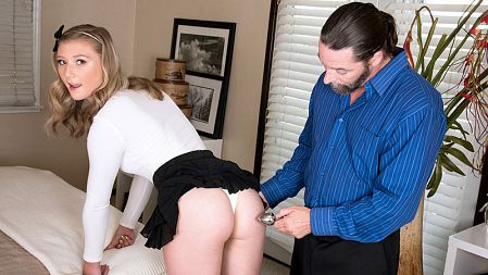 April Aniston - XXX video