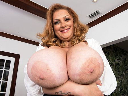 Julia Jones - Solo BBW video