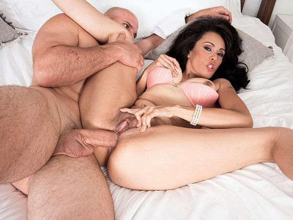 Gypsy's anal pounding