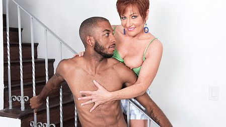 Ruby O'Connor - XXX MILF video