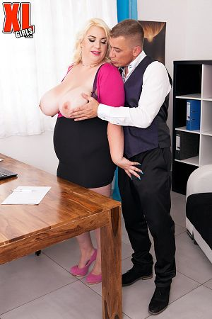 Kiki Rainbow - XXX BBW photos