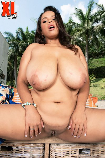 Isa Gomez - Solo BBW photos