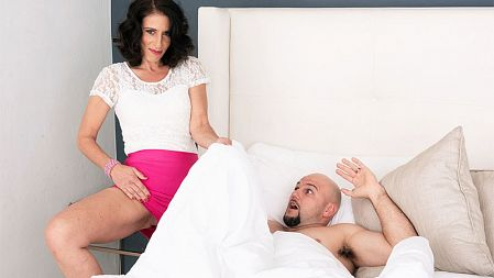 Keli Richards - XXX MILF video