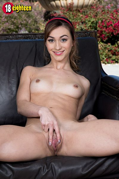 Ana Rose - Solo Teen photos