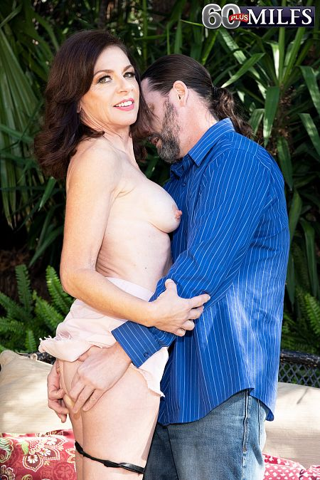 Cashmere's first scene as a 60Plus MILF!