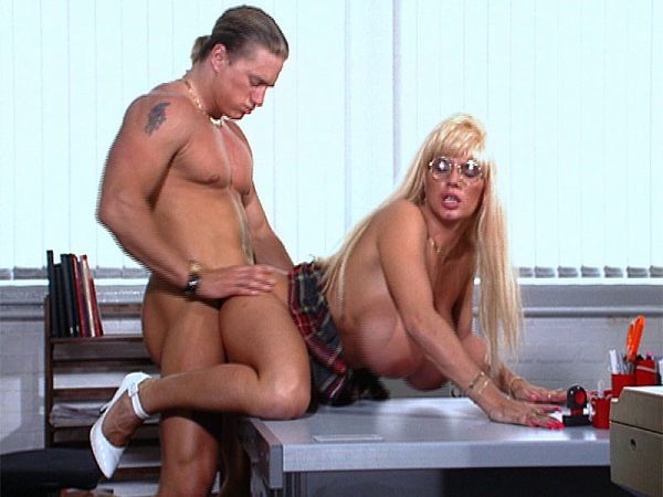 Office Sex With Lisa Lipps