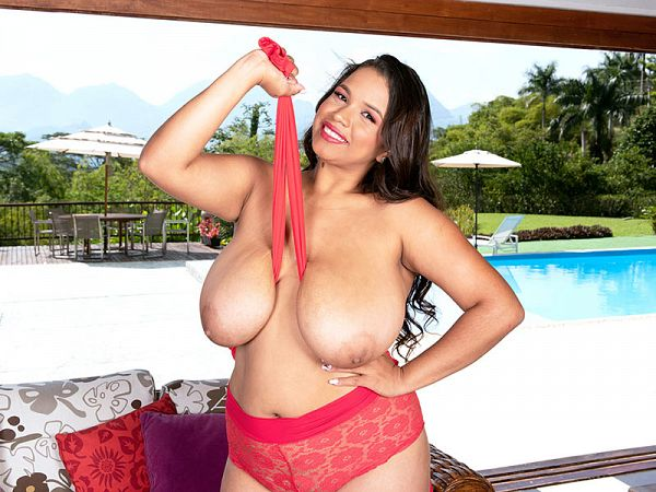 Isa Gomez: Worship My Big Tits