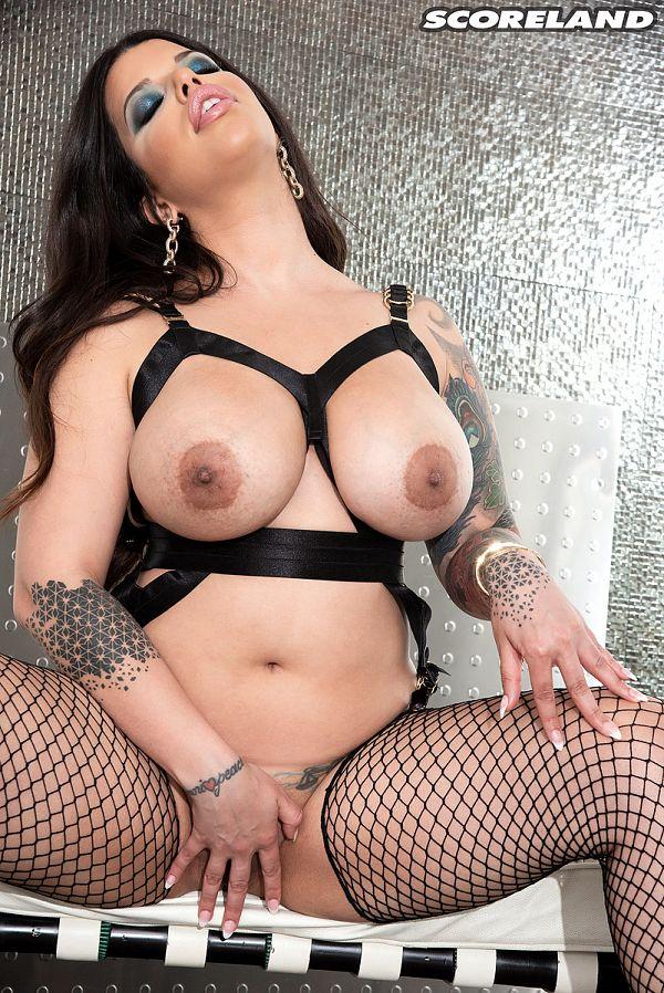 The Erotic Seduction Magic of Lana Blanc