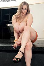 Cheryl Blossom: The Breasty Bartender