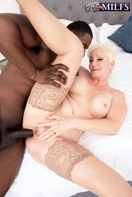 An anal creampie for Seka Black