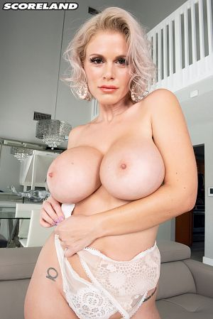 Casca Akashova - Solo Big Tits photos